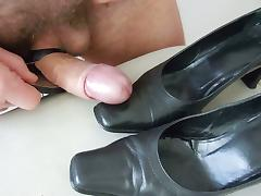 Cum on black shoes with high heels