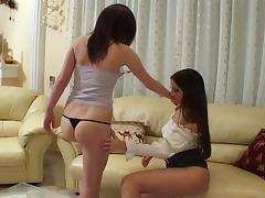 Two incredibly hot teen lesbians lick in college dorm
