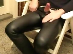 Pissing, edging and Cumming in leather jeans