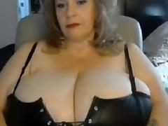 Seducing with my old hooters on amateur webcam