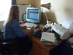Chubby mature woman gets fucked by two dicks.