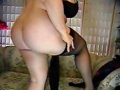 Foxy mature with huge tits on cam