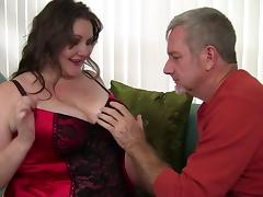Alluring chubby chick is ready to be poked by the experienced cock