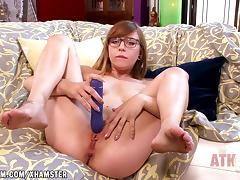 Ariel Skye stretches her hot holes with toys