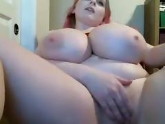 Huge tits cam