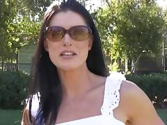 Gorgeous India Summer car blowjob
