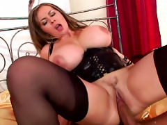 Hot blonde Constance Devil is getting her puss licked