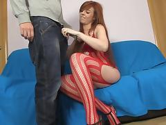Bianca Resa is sucking a pretty nice unearth