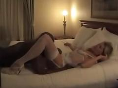cuckold ribbons her cunt