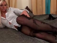 black pantyhose n dildo