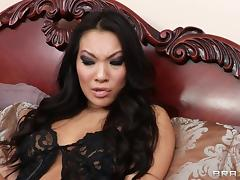 Asa Akira gets her butt licked and fucked remarcably well
